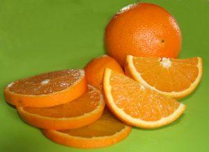Koi mögen Orangen gerne